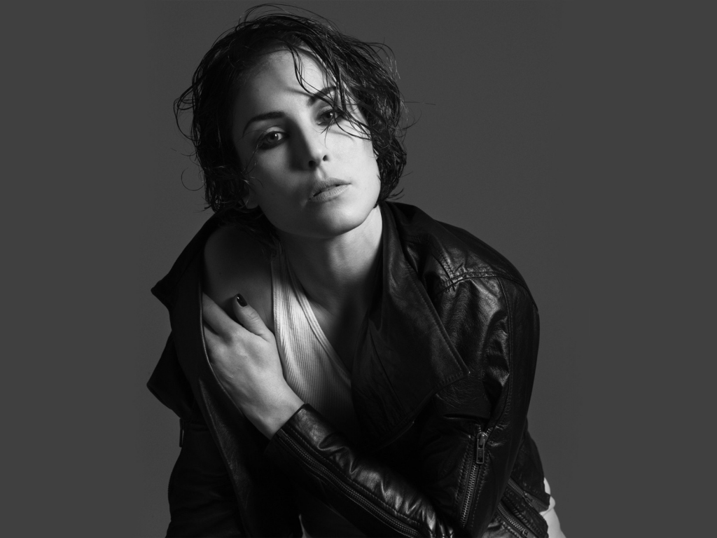 Desktop Wallpaper Noomi Rapace, Swedish Celebrity, Hd ...