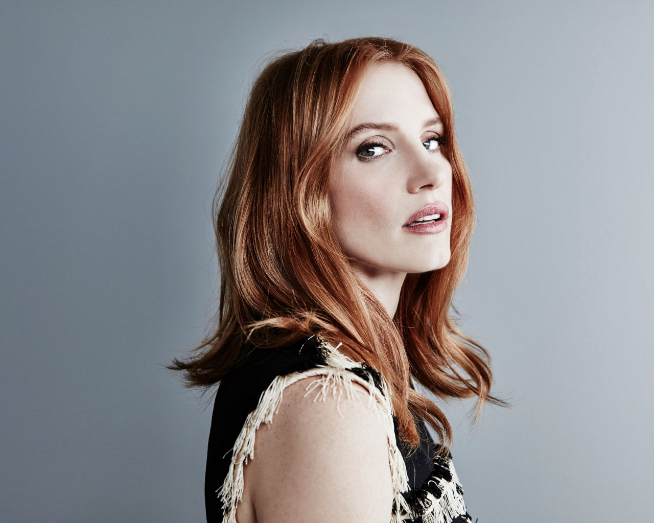 1280x1024 wallpaper Jessica chastain, red head, actress