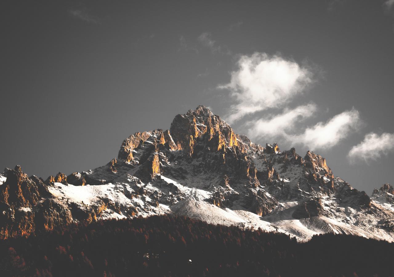 1280x900 wallpaper Mountains, cliffs, nature, tree, 5k