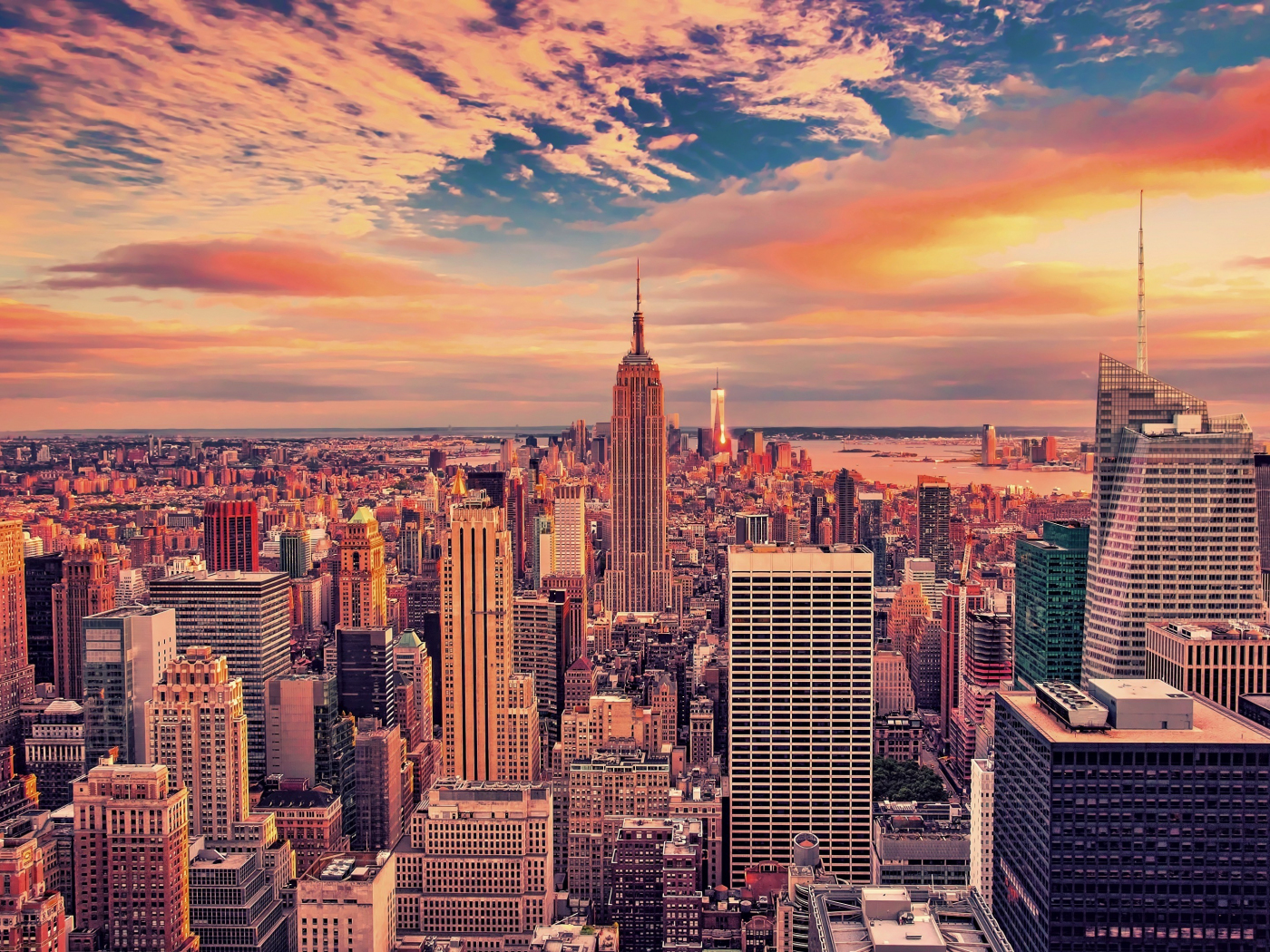 1400x1050 wallpaper Empire state building, buildings, skyscrapers, new york city, sunset, 4k