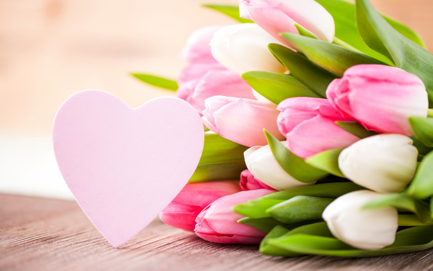 1440x900 wallpaper Valentines day, flowers, tulips, hearts, love
