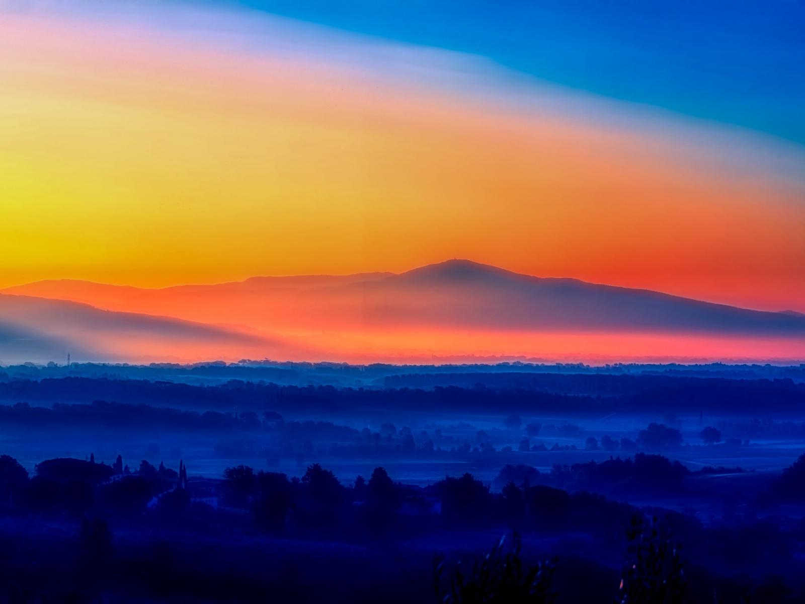 1600x1200 wallpaper Italy sunrise, morning, horizon