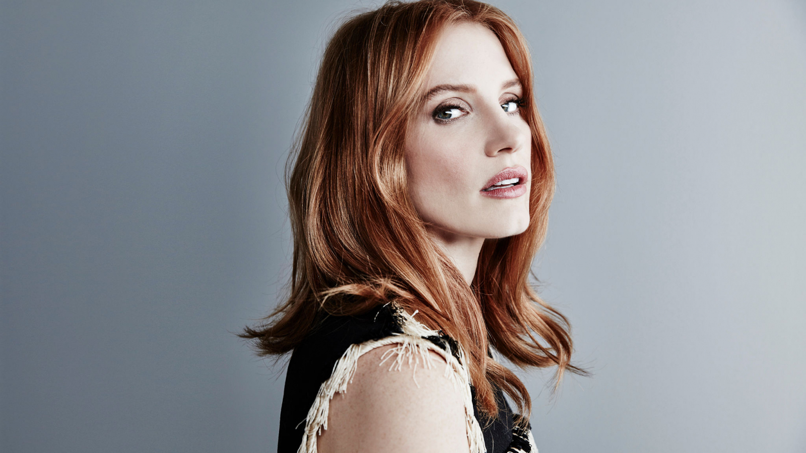 1600x900 wallpaper Jessica chastain, red head, actress