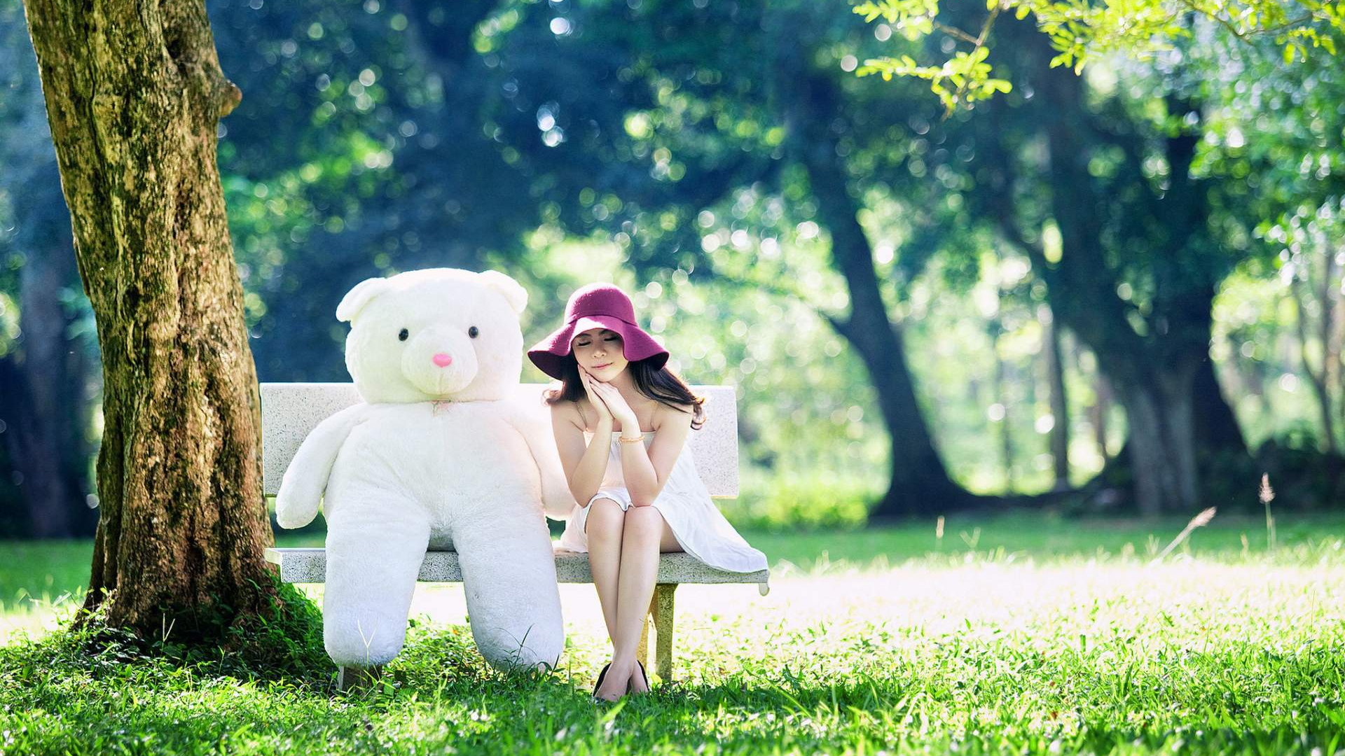 Download 1920x1080 Wallpaper Large Teddy Bear And Cute Girl