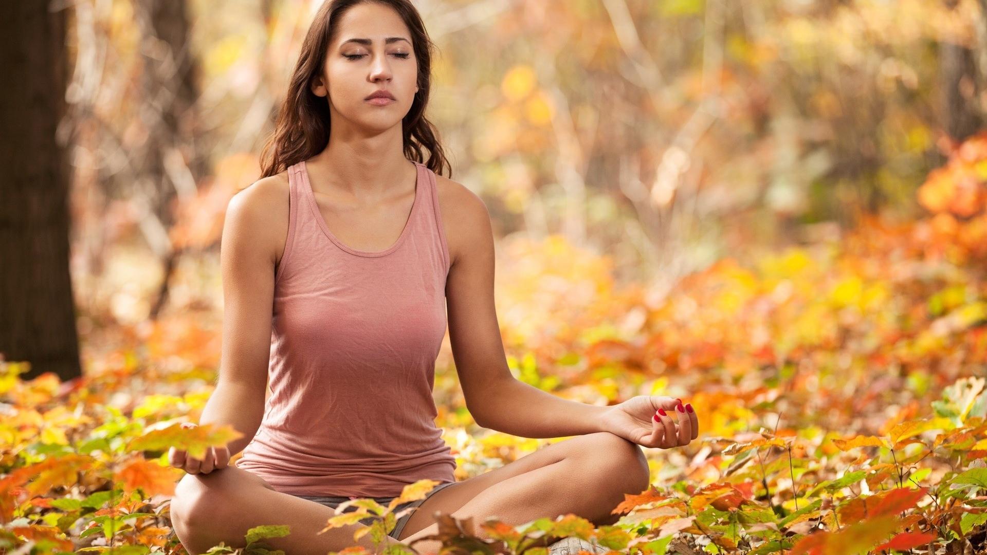 Desktop Wallpaper Yoga Meditation Girl Model Fall Hd Image Picture Background Jap2l4