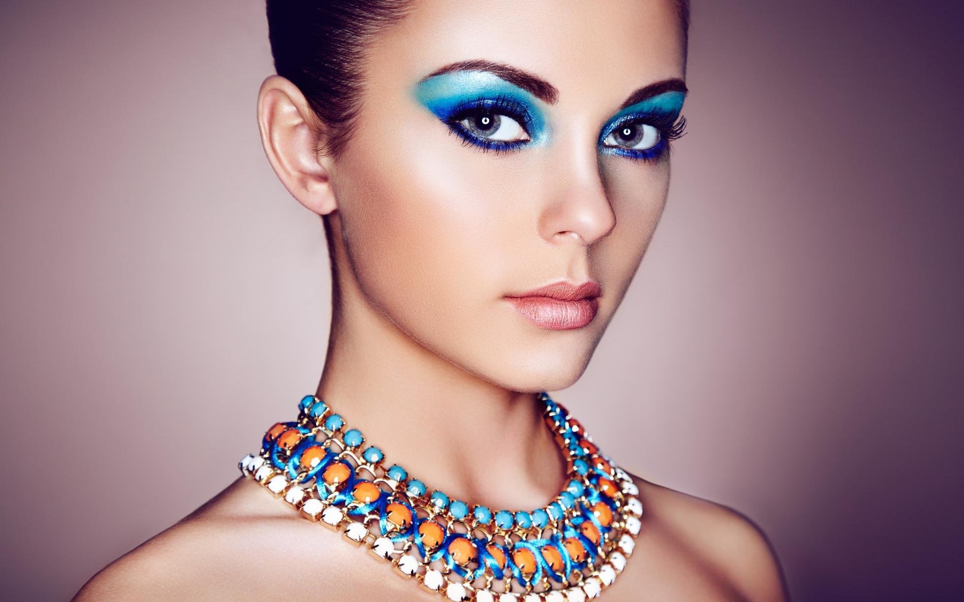Desktop Wallpaper Girl Model Makeup Necklace Hd Image Picture Background Jard50
