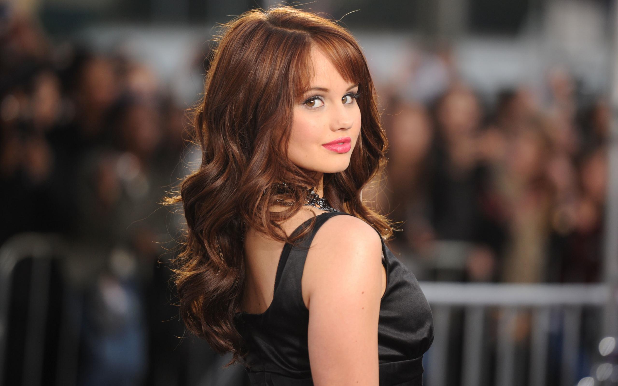 Download 1280x960 Wallpaper Debby Ryan Celebrity Makeup Red Carpet Standard 4 3 Fullscreen 1280x960 Hd Image Background 30500