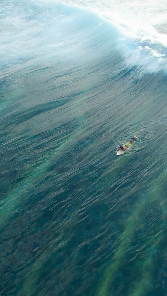 Download 540x960 Wallpaper Sea Waves, Sea, Surfer, Samsung