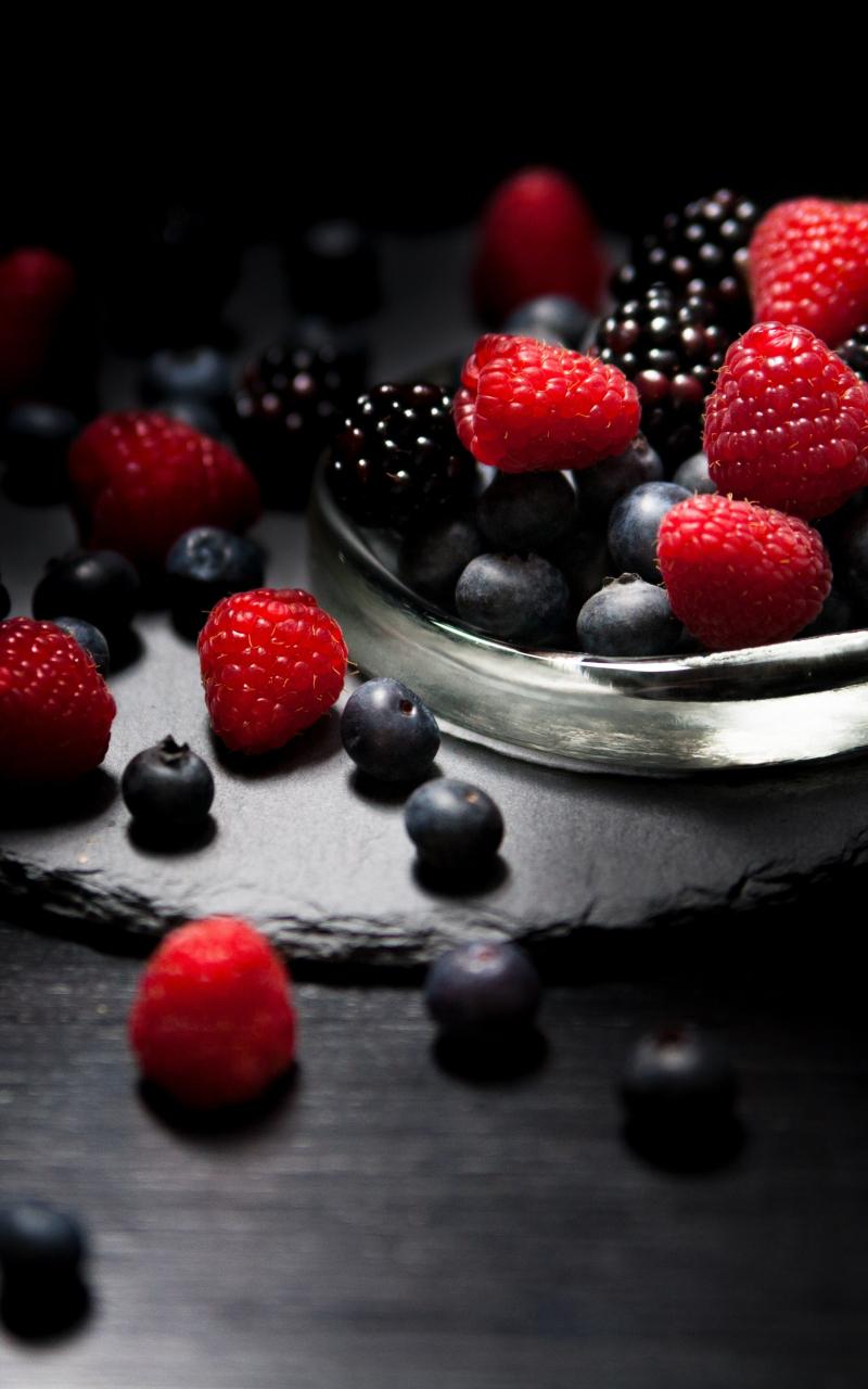 800x1280 wallpaper Dark mood, food, fruits, blueberry, raspberry, blackberry, 4k