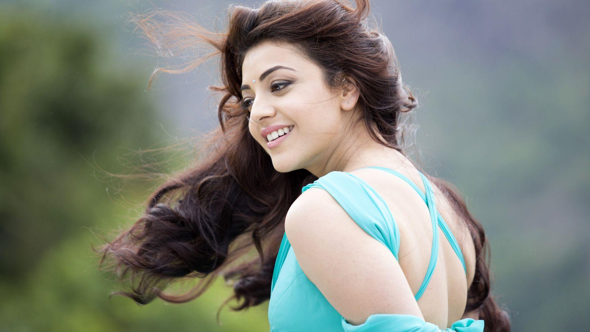 Wallpaper Kajal Aggarwal, Beautiful Indian celebrity
