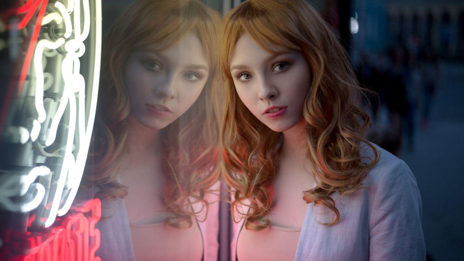 Wallpaper Alice Tarasenko, girl model, reflections