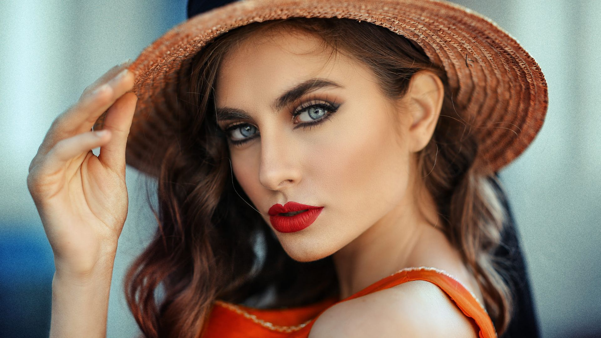 Wallpaper Red juicy lips, hat, face, girl model
