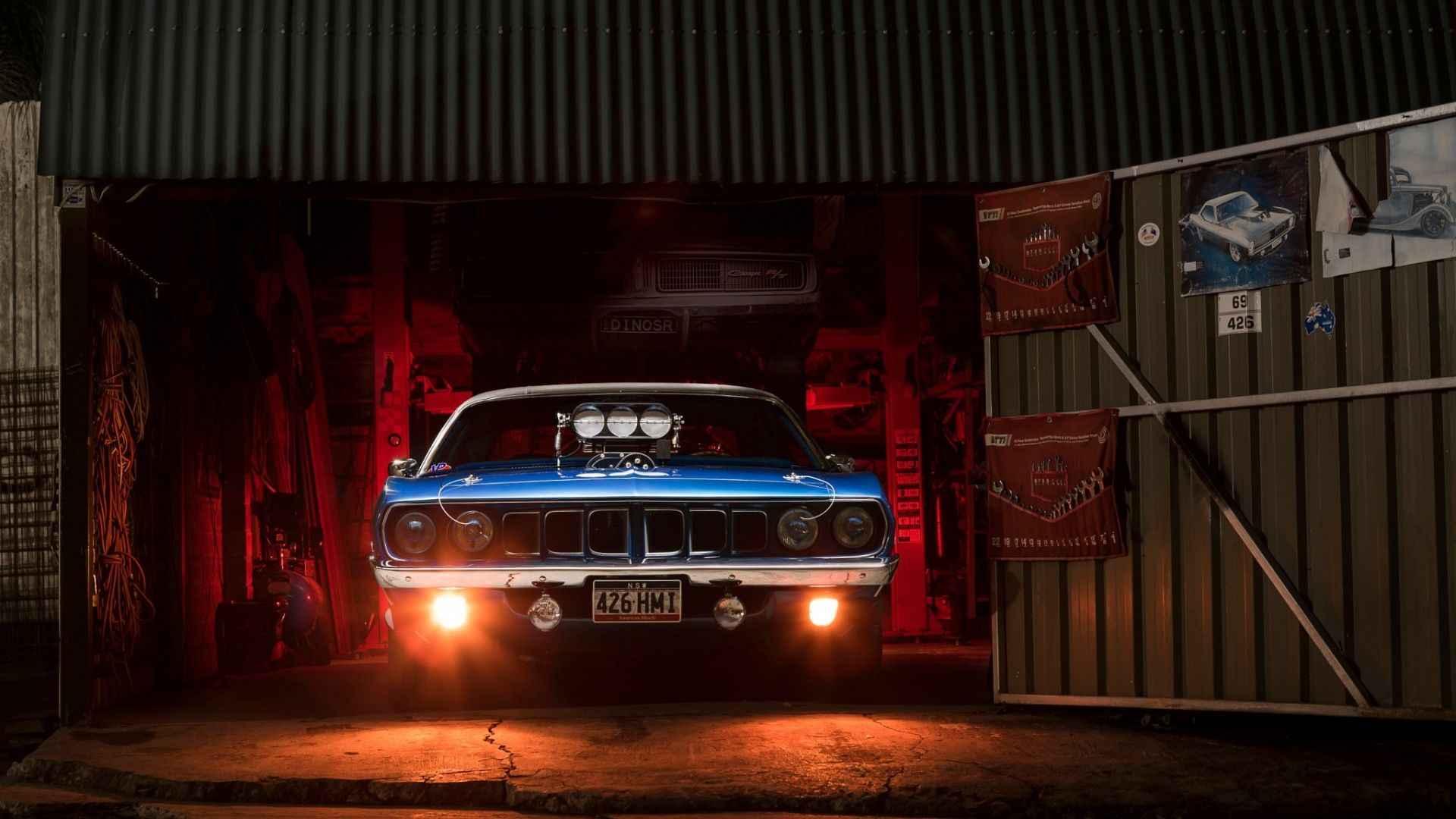 Plymouth Barracuda, classic, muscle car, garage Wallpaper