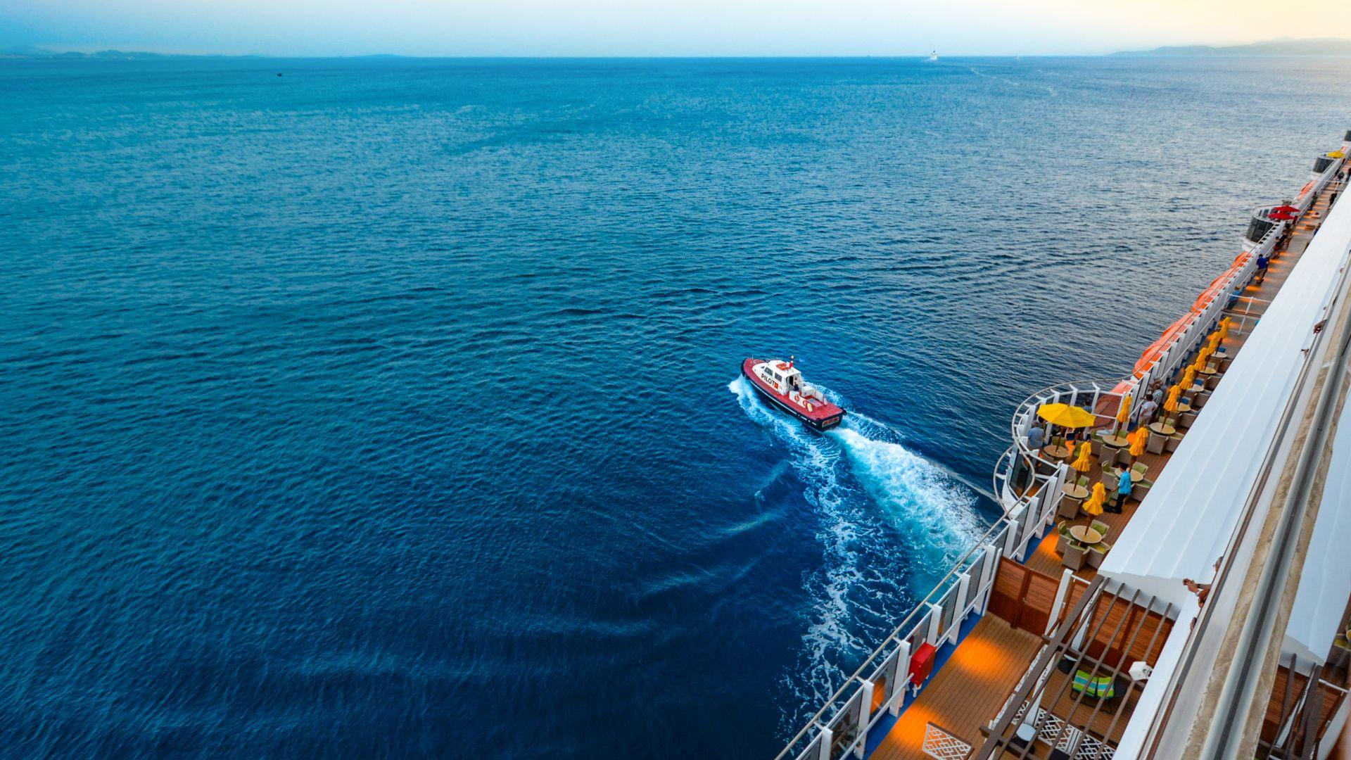 Wallpaper Cruise ship, ocean, sea, boat
