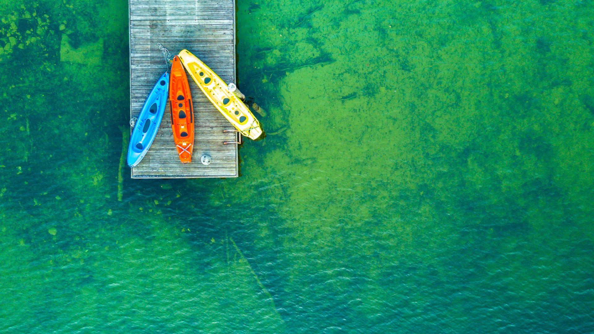 Wallpaper Green lake, boats, aerial view, holiday, outdoor, 4k