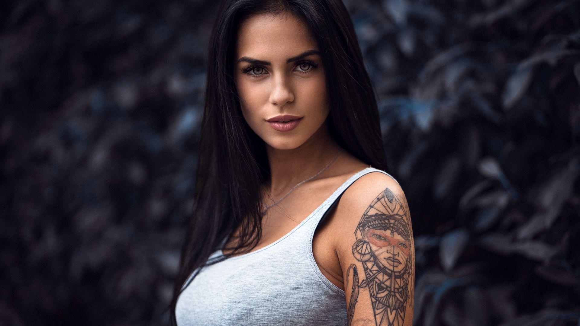 Wallpaper Tattoo on hand, girl model, brunette