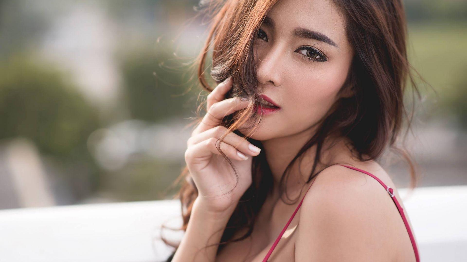 Wallpaper Koko Rosjares thailand model