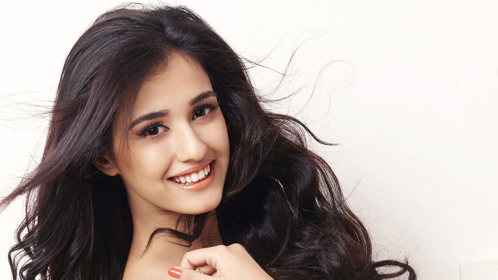 Wallpaper Disha Patani, Beautiful Indian Actress