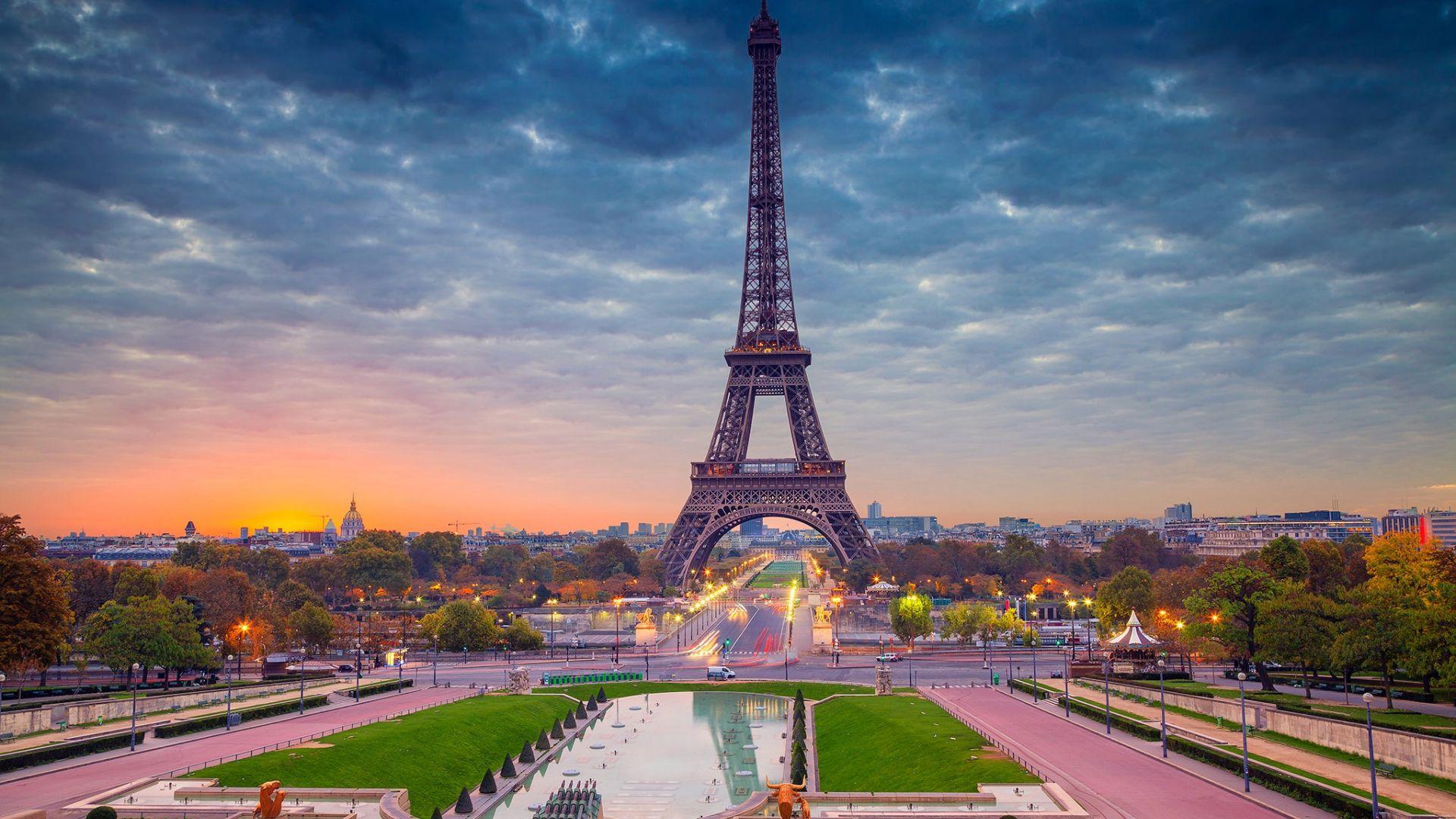 Eiffel tower sunset wallpaper