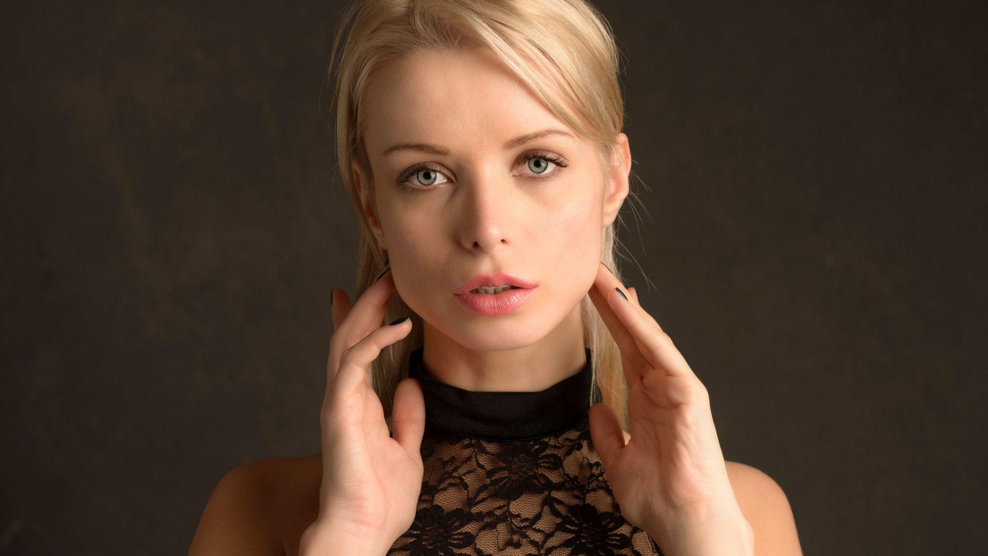 Wallpaper Ekaterina Enokaeva, blonde model, face