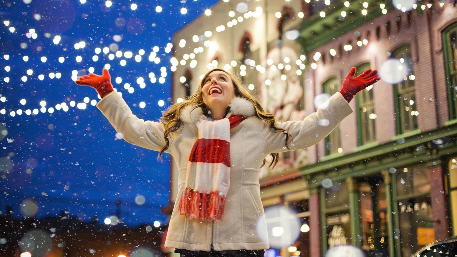 Wallpaper Christmas, happiness, celebrations, snowfall, 5k