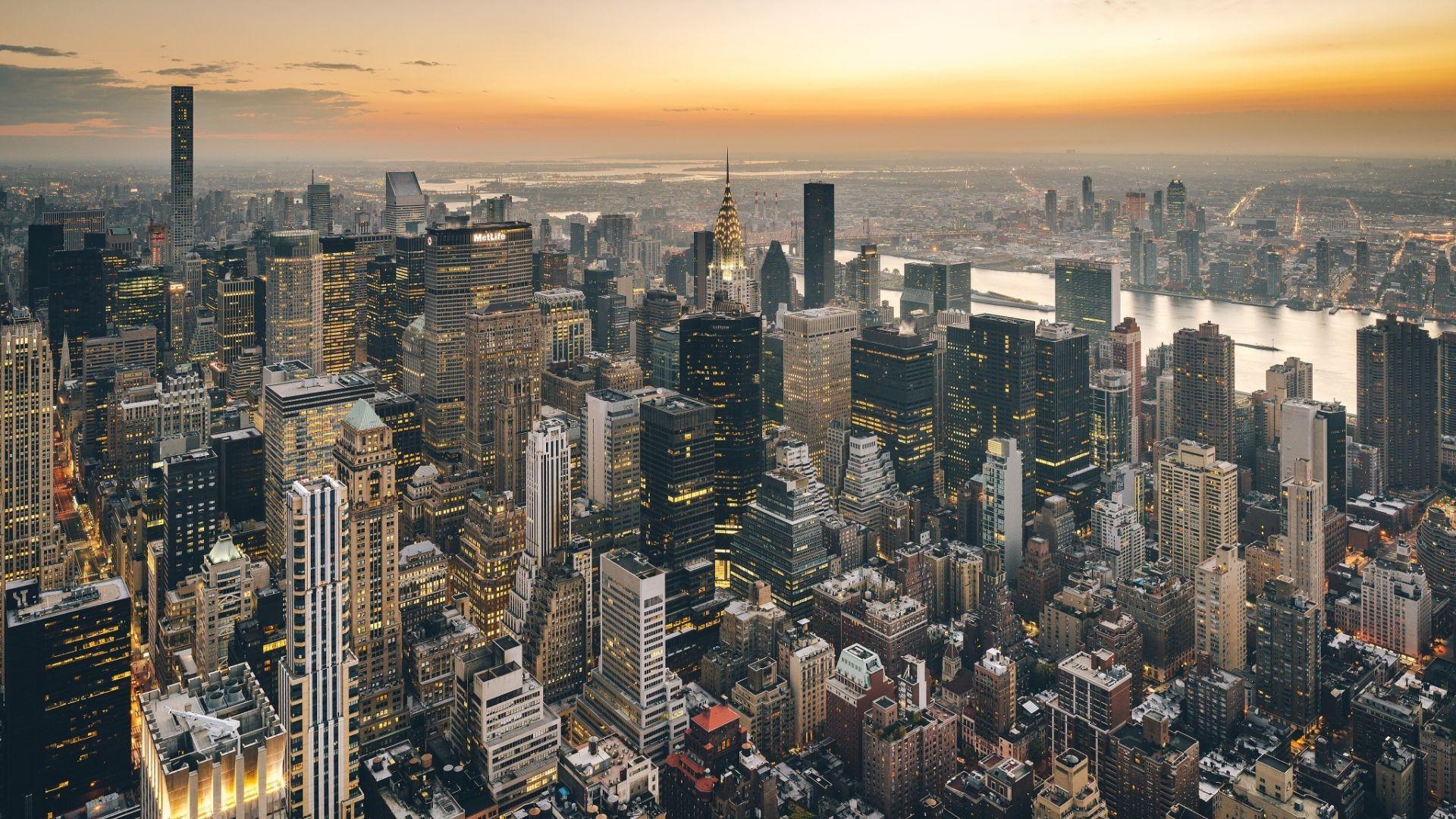 aerial view susnet new york skyline