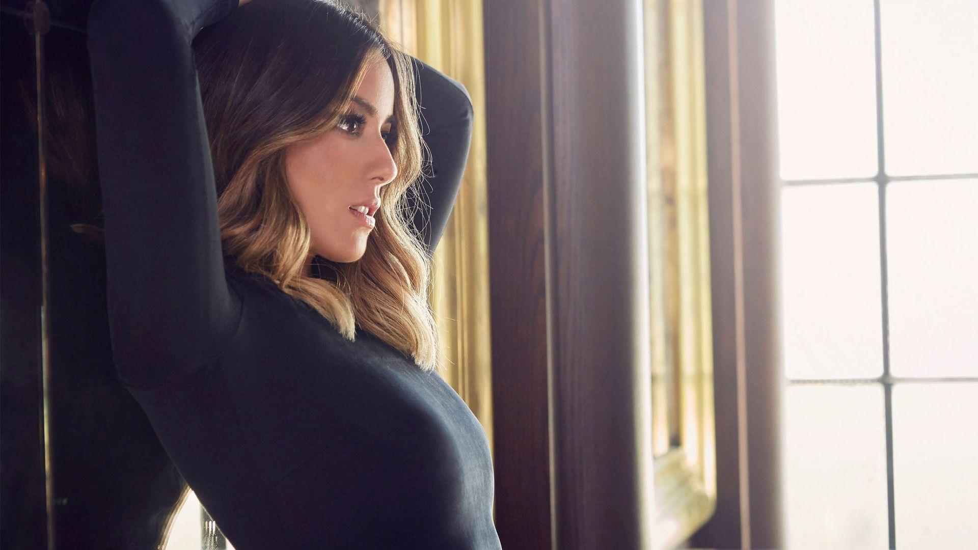 Wallpaper Chloe Bennet, hot, brunette