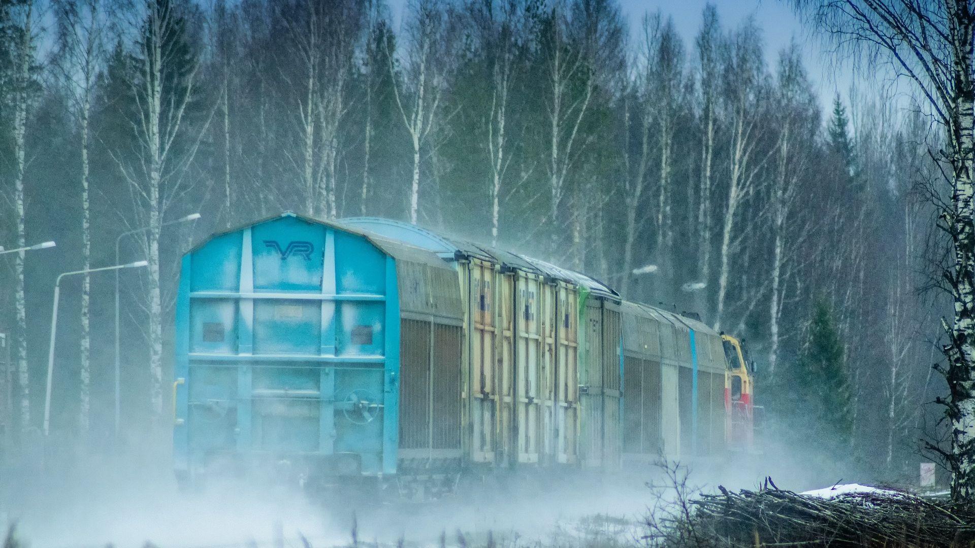 Wallpaper Train, winter, tree