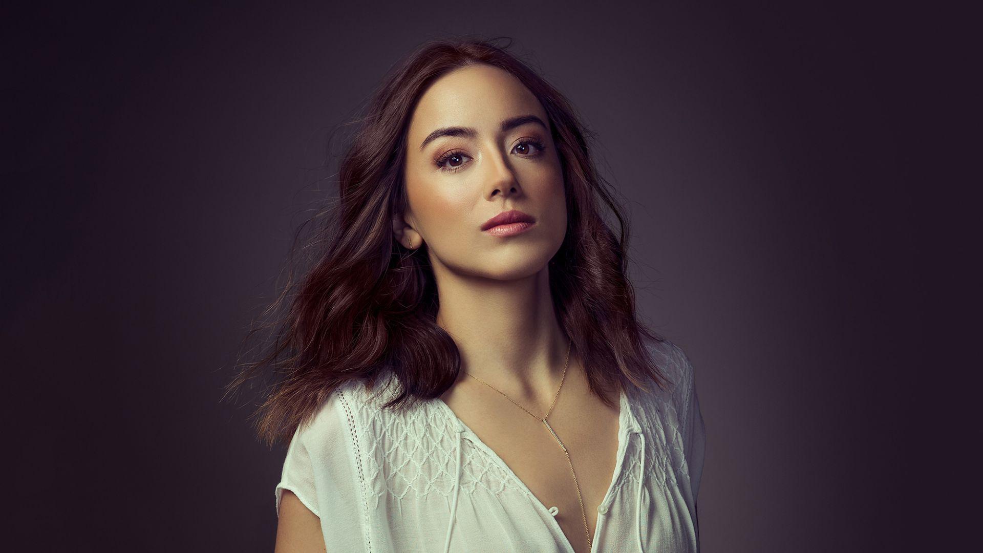 Wallpaper Chloe Bennet, white top, celebrity