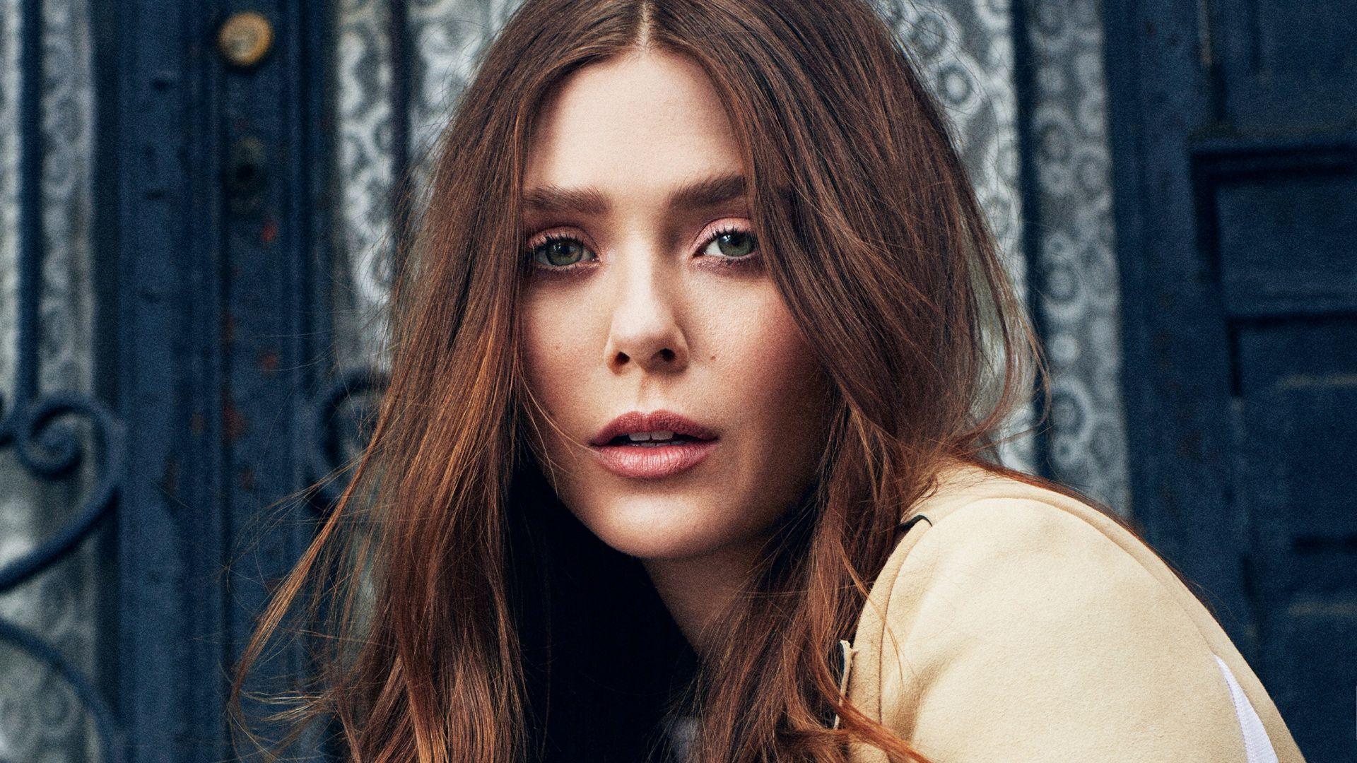 Lovely celebrity, Elizabeth Olsen, brunette Wallpaper
