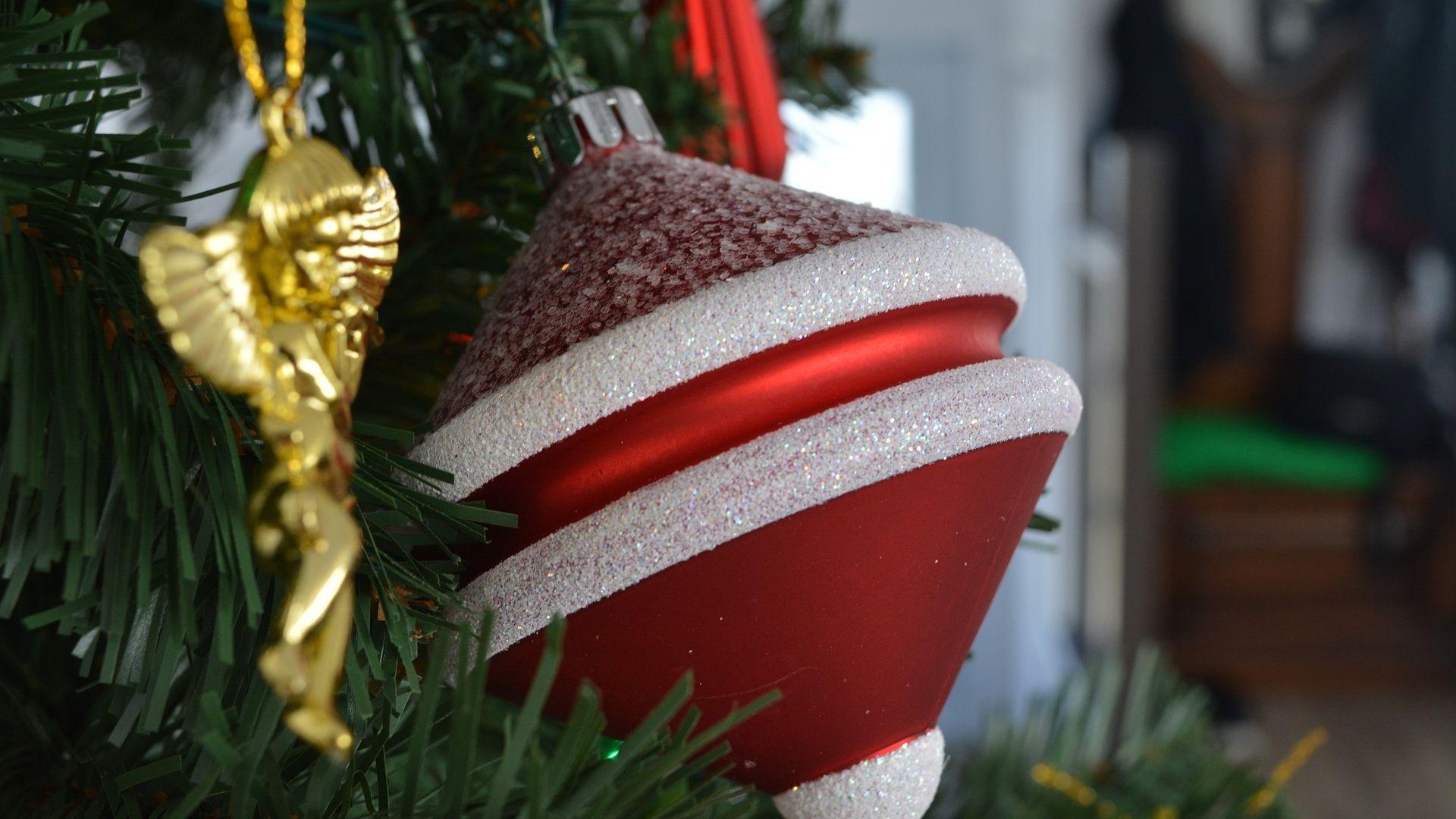 Wallpaper Christmas decorations, ball, tree