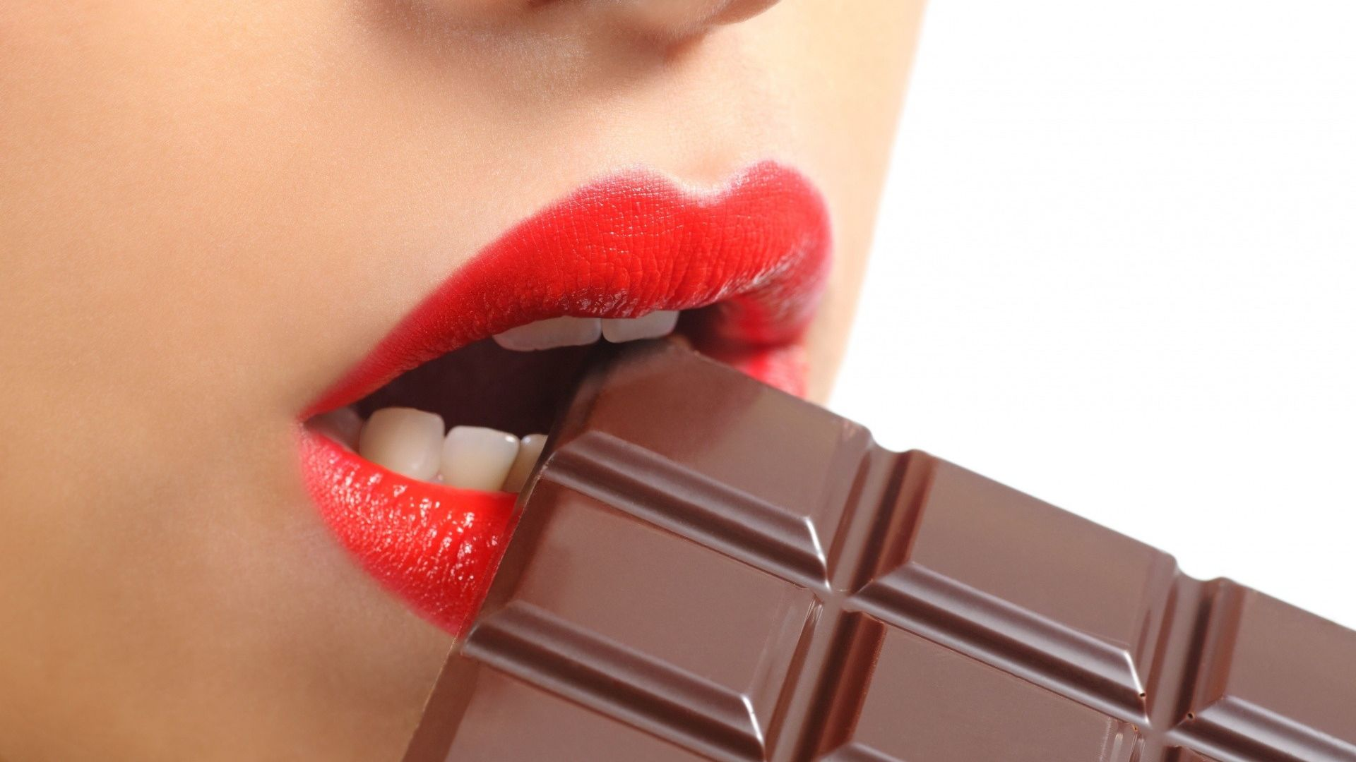 Wallpaper Eating chocolate