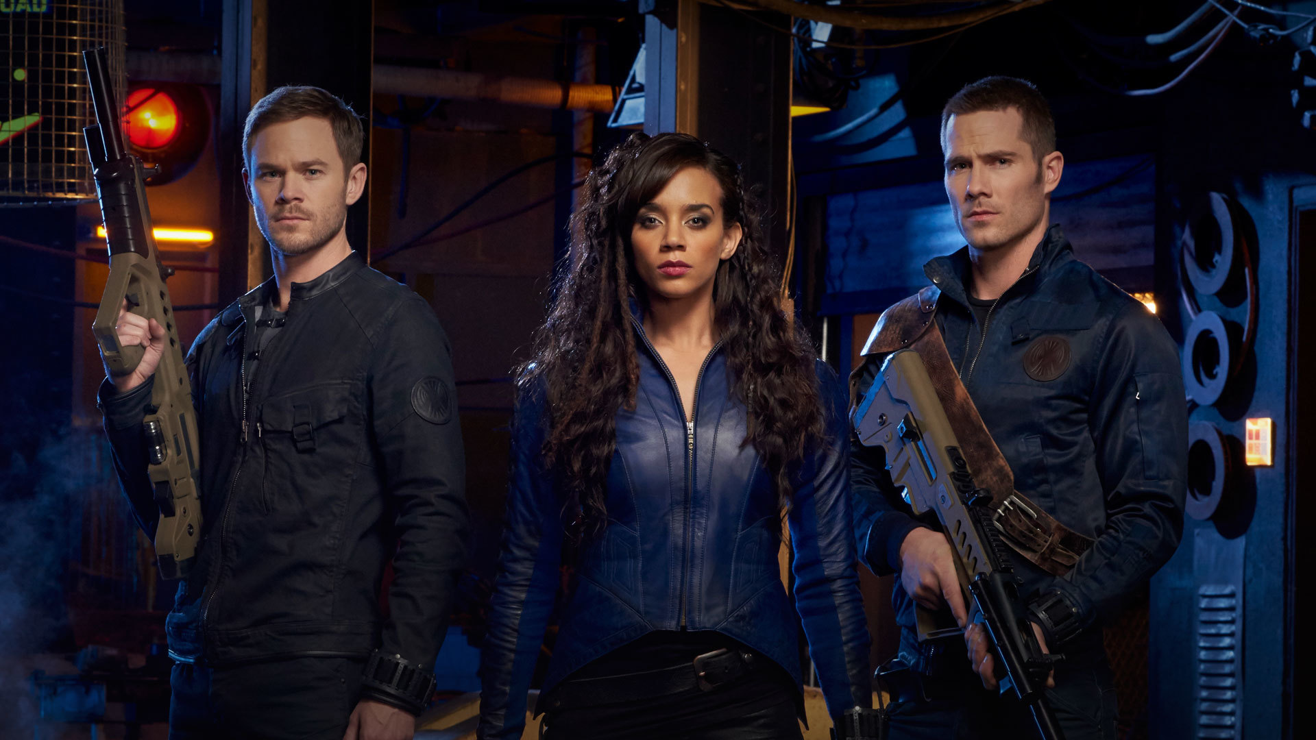 Wallpaper Killjoys TV series, Hannah John-Kamenm, Aaron Ashmore, Luke Macfarlane, casts