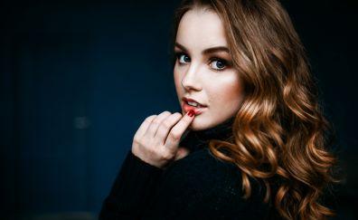 Julia Tavrina, model, blonde, finger on lips