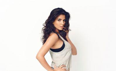 Kirti kulhari bollywood actress