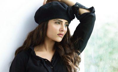 Beautiful, Aqsa Bhatt, Indian celebrity