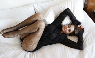 Willa Holland, lying down, sofa