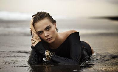 Cara Delevingne, wet body, blonde, model