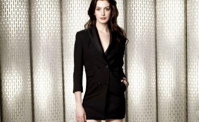 Gorgeous, celebrity, brunette, Anne Hathaway