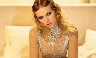 Taylor swift, blonde, vogue, 2017