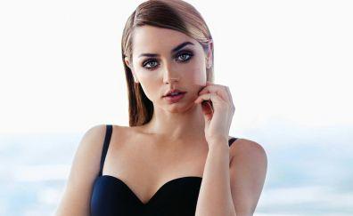 Ana de armas, makeup, latest