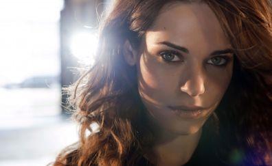 Lyndsy Fonseca in Nikita tv series wallper