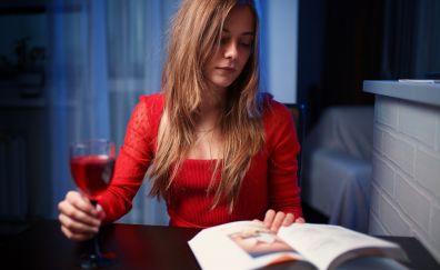 Book Reading, blonde, girl model