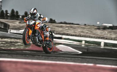 KTM 1290 Super Duke R bike