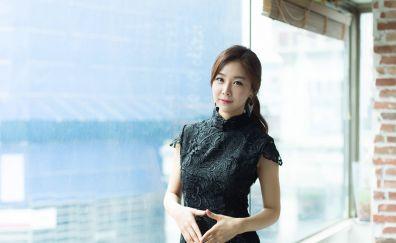 Son Ye-jin, black dress, Asian model, actress