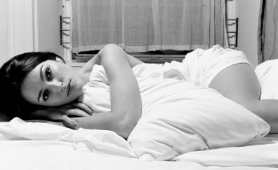 Lying down, bed, Keira Knightley, monochrome
