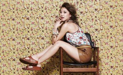 Kpop, singer, Sistar, sit, chair