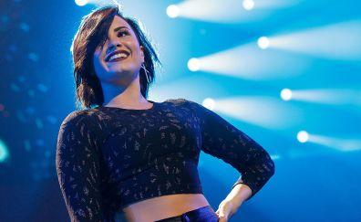 Demi lovato, smile, live concert, singer