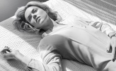 Erin richards, lying down, actress, monochrome