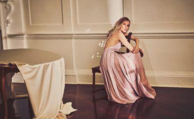 Diane Kruger, pink dress, photoshoot